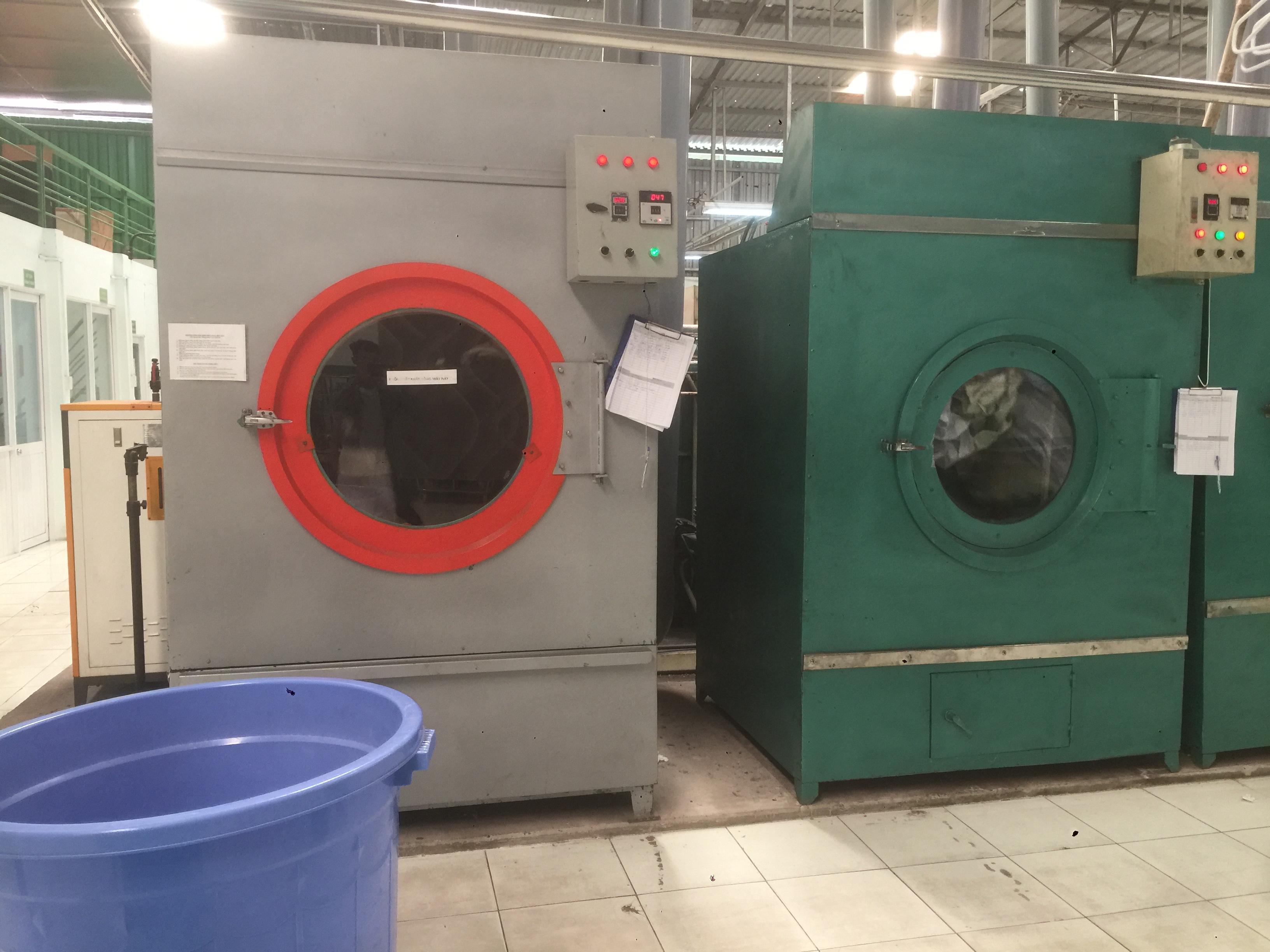 Dịch vụ giặt rèm cửa tại Quận Phú Nhuận